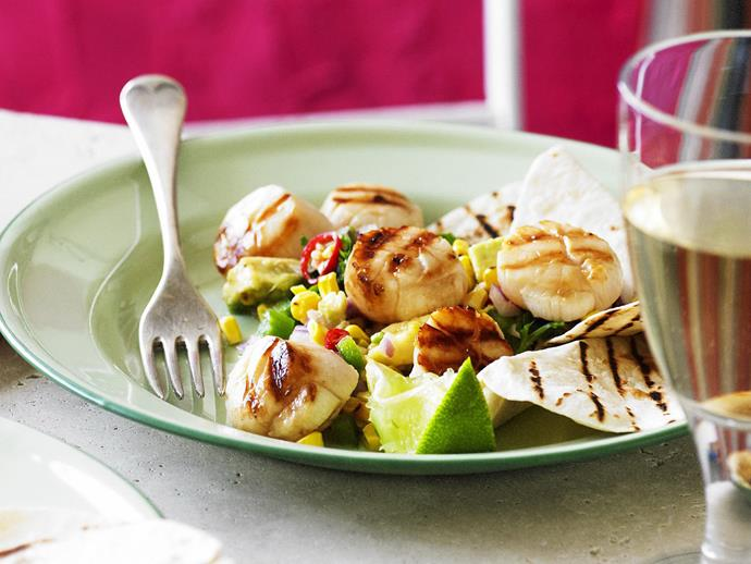 "**[Char-grilled scallops with corn salsa](https://www.womensweeklyfood.com.au/recipes/char-grilled-scallops-with-corn-salsa-3175|target=""_blank"")**  A light and summery dish of char-grilled scallops with a zesty corn salsa."