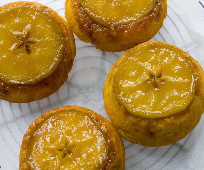 caramelised apple tea cakes