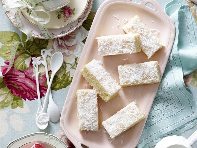 "**[White chocolate, pineapple and coconut slice](https://www.womensweeklyfood.com.au/recipes/white-chocolate-pineapple-and-coconut-slice-14798|target=""_blank"")**"