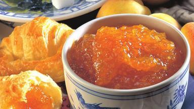 Apricot lemon marmalade