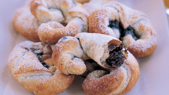 chocolate hazelnut croissants
