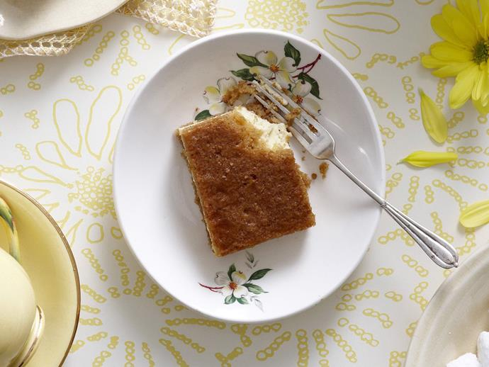 "**[Ginger lime slice](https://www.womensweeklyfood.com.au/recipes/ginger-lime-slice-14599|target=""_blank"")**"