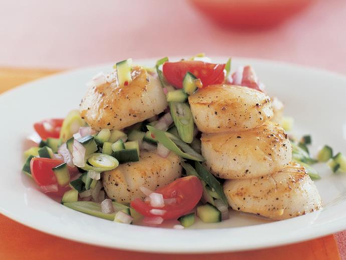 "**[Salt and pepper scallops with cherry tomato salsa](https://www.womensweeklyfood.com.au/recipes/salt-and-pepper-scallops-with-cherry-tomato-salsa-5866|target=""_blank"")**"