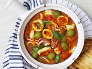 spicy calamari with olives