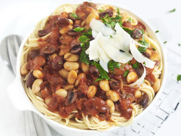 "**[Spaghetti with tomato and white bean sauce](https://www.womensweeklyfood.com.au/recipes/spaghetti-with-tomato-and-white-bean-sauce-5975|target=""_blank"")**"