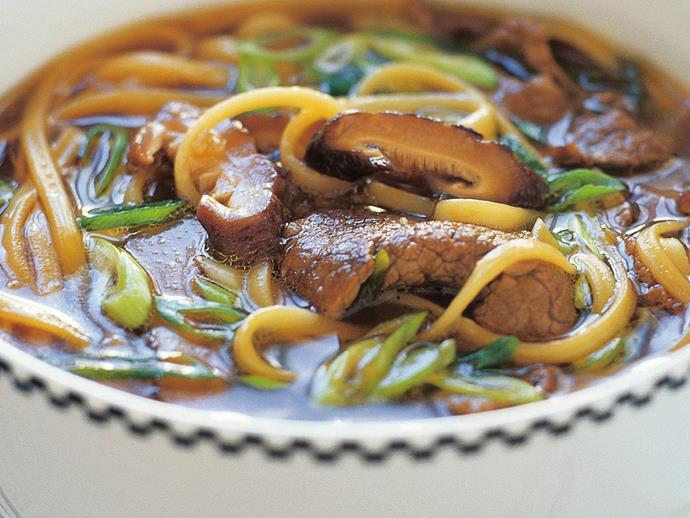 "**[Beef with ramen and mushrooms](https://www.womensweeklyfood.com.au/recipes/beef-with-ramen-and-mushrooms-14320|target=""_blank"")**"