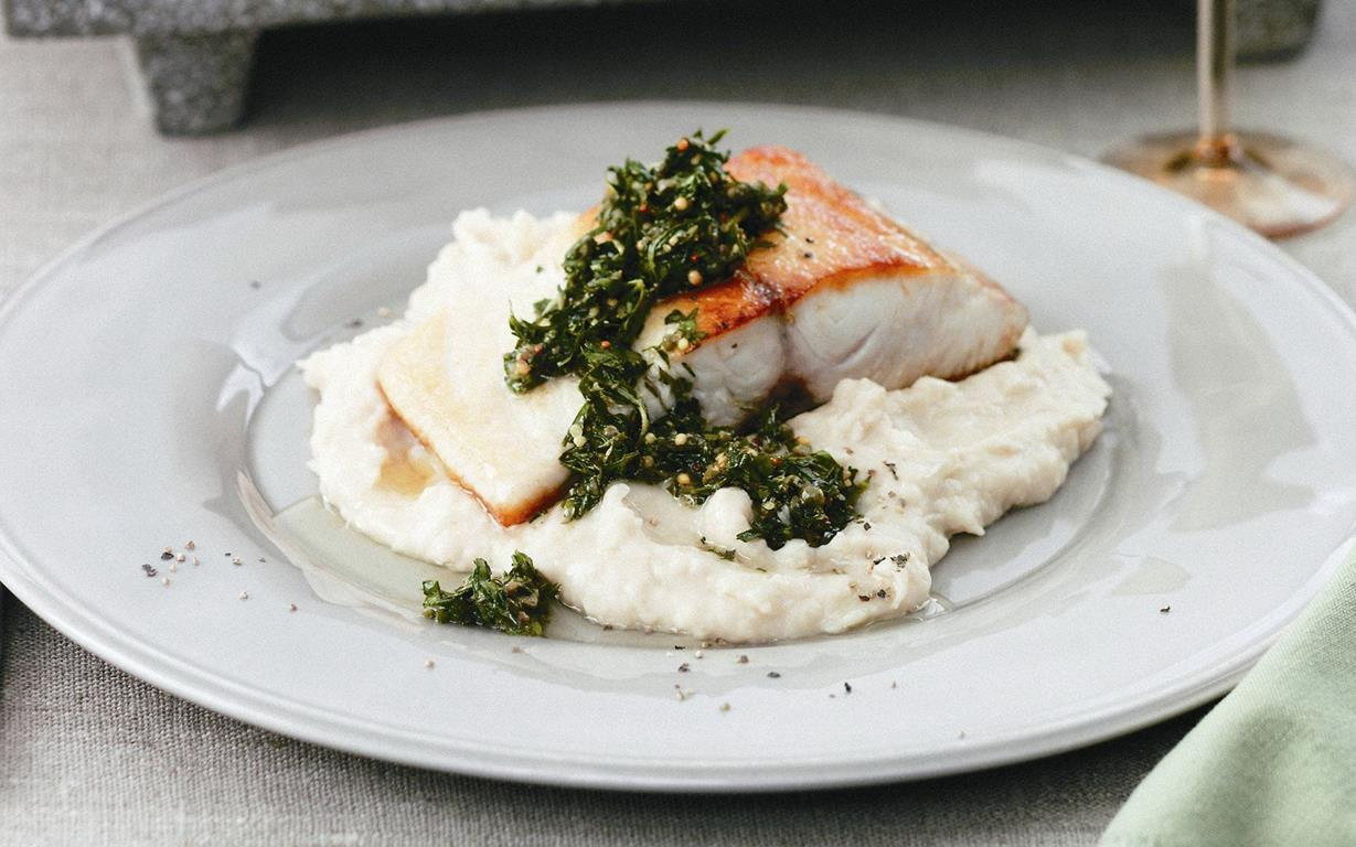 Fish With Green Sauce And White Bean Pur 233 E Recipe Food