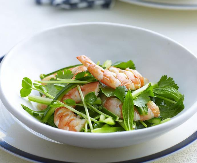 vietnamese cucumber and prawn salad
