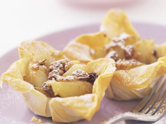 """**[Spiced apple filo cups](https://www.womensweeklyfood.com.au/recipes/spiced-apple-filo-cups-5811 target=""""_blank"""")**"""