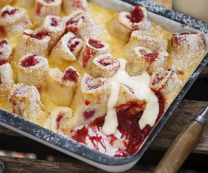 rhubarb & custard   bread pudding