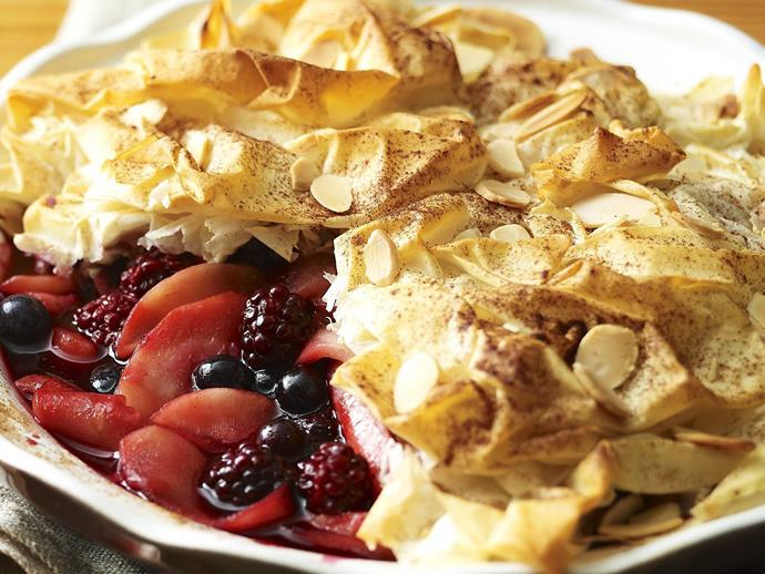 """**[Apple and berry filo pie](https://www.womensweeklyfood.com.au/recipes/apple-and-berry-filo-pie-13407 target=""""_blank"""")**  Topped with a crunchy pastry lid sprinkled with cinnamon and flaked almonds, this juicy apple and berry pie makes a luscious ending to a family meal."""