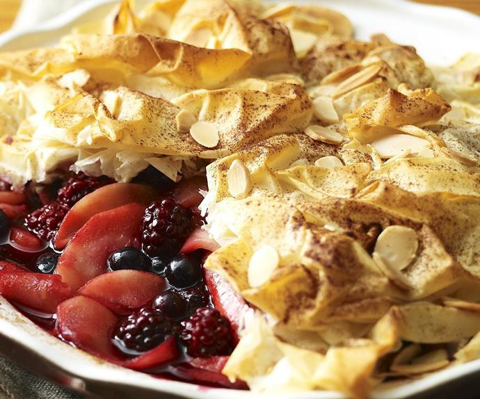 APPLE AND BERRY FILLO PIE