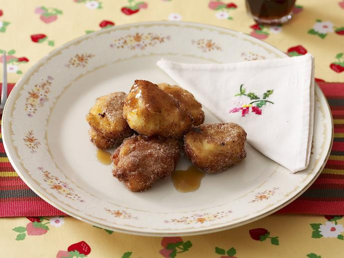 """**[Apple and ricotta fritters](https://www.womensweeklyfood.com.au/recipes/apple-and-ricotta-fritters-13522