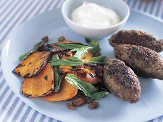 kofta with tunisian carrot salad