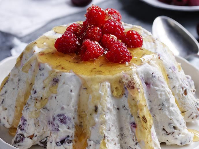 """**[Chocolate, honey & red berry parfait](https://www.womensweeklyfood.com.au/recipes/chocolate-honey-and-red-berry-parfait-13552