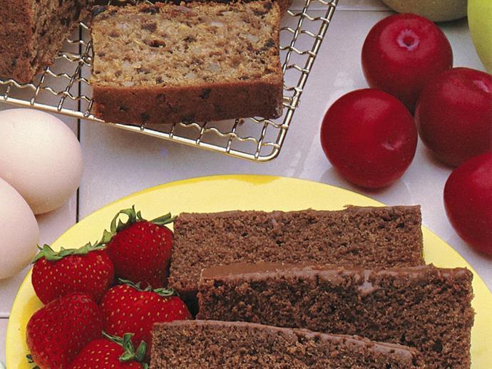 "**[Carrot and prune cake](https://www.womensweeklyfood.com.au/recipes/carrot-and-prune-cake-13652|target=""_blank"")**"