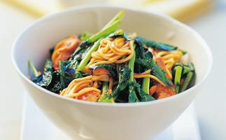chicken and chinese broccoli stir-fry