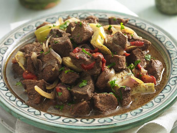 "**[Lamb, artichoke and capsicum tagine](https://www.womensweeklyfood.com.au/recipes/lamb-artichoke-and-capsicum-tagine-13142|target=""_blank"")**"