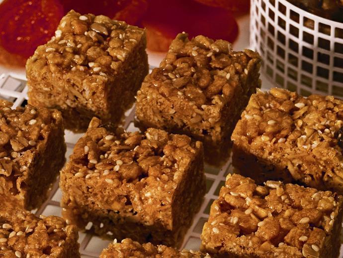 "[Healthy honey muesli bars](https://www.womensweeklyfood.com.au/recipes/muesli-bars-15470|target=""_blank"")"