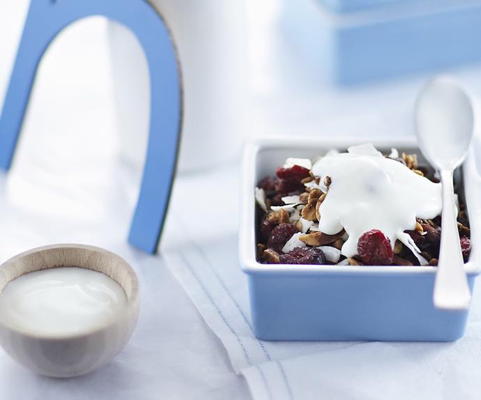 cranberry and almond granola