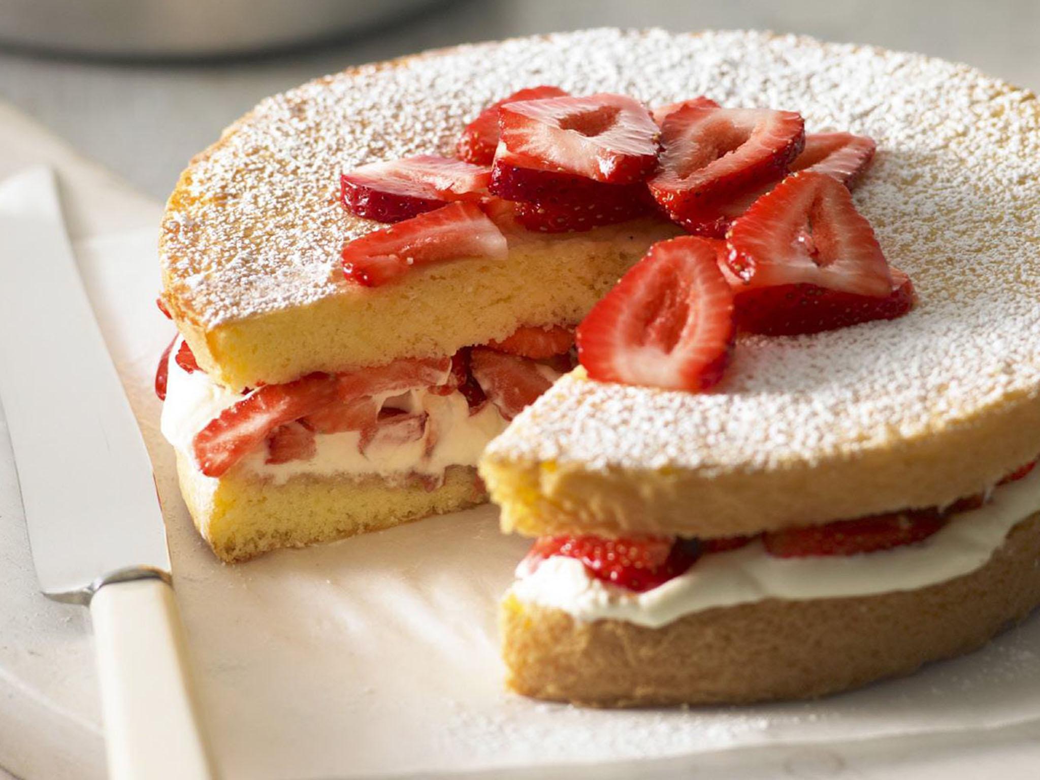Classic Lemon Sponge Cake