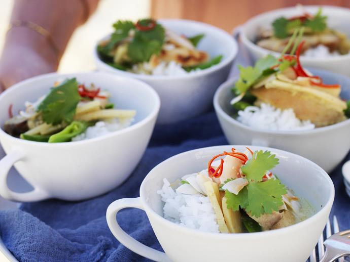 "[Little green thai chicken curries](https://www.womensweeklyfood.com.au/recipes/little-green-thai-chicken-curries-5253|target=""_blank"")  Cute little green Thai chicken curry bowls that pack an aromatic and flavourful punch."