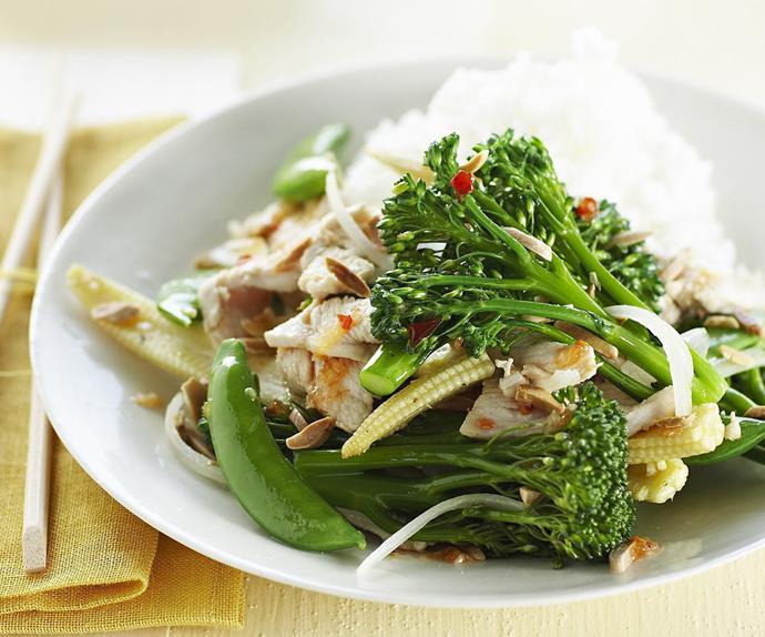 chicken, vegetable and almond stir-fry