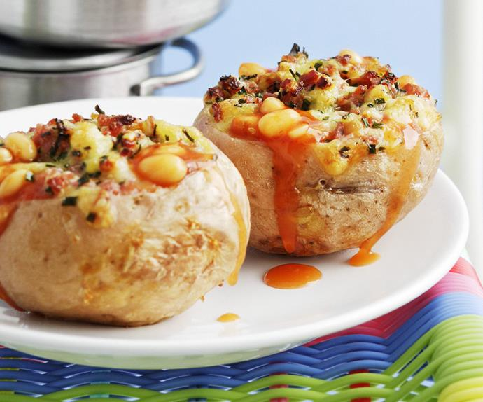 jacket potatoes with baked beans