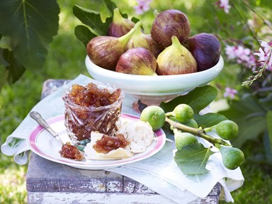 Chunky fig and vanilla jam