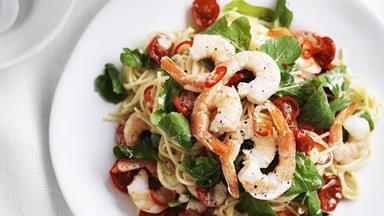 Creamy prawn and tomato spaghetti