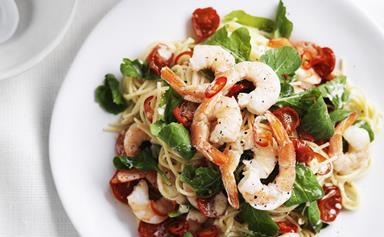 Creamy prawn and tomato spaghetti