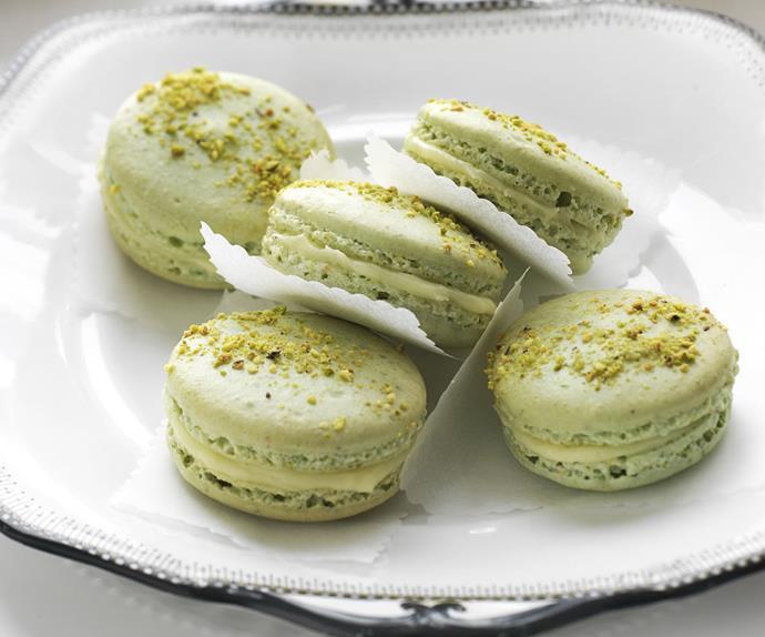 pistachio white chocolate and honey french macaroons