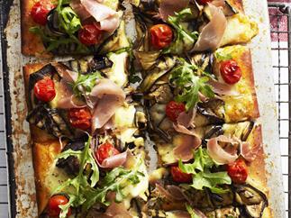EGGPLANT AND PROSCIUTTO PIZZA