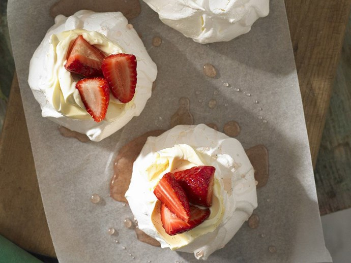 mini pavlovas with vanilla strawberries