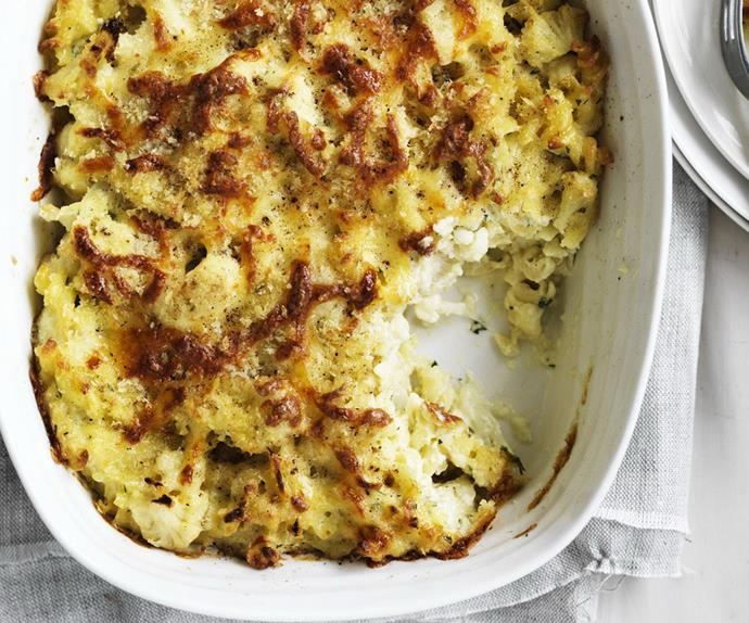 cauliflower and cheese pasta bake
