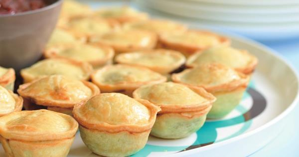 Mini Beef And Guinness Pies Australian Women S Weekly Food