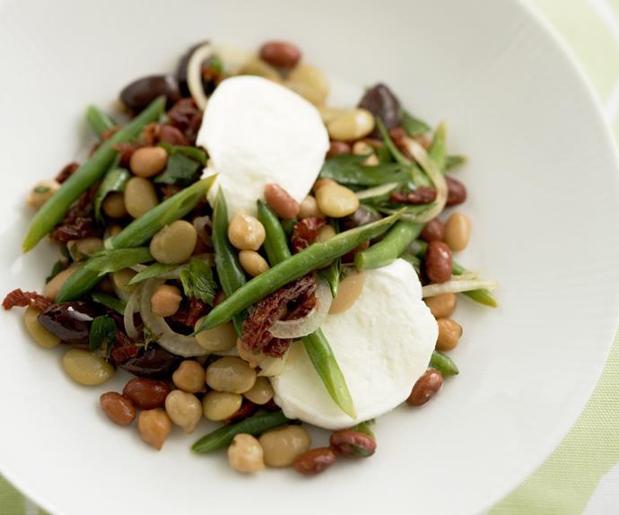 italian-style bean salad with mozzarella