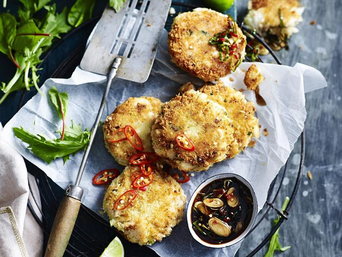 "Serve these crispy [Asian-style fish cakes](https://www.womensweeklyfood.com.au/recipes/asian-style-fish-cakes-15535|target=""_blank"") with spicy dipping sauce for a tantalising starter or light meal. If you like the extra kick, add some more chilli."