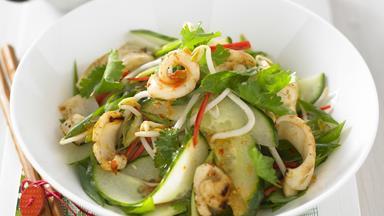 Chilli squid salad