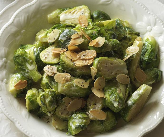 brussels sprouts with cream and almonds
