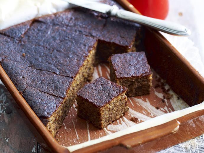 """This [spiced walnut cake](https://www.womensweeklyfood.com.au/recipes/walnut-cake-12290