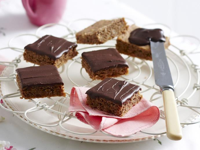 "[**Crunchy chocolate squares**](https://www.womensweeklyfood.com.au/recipes/crunchy-chocolate-squares-11772|target=""_blank"")**"