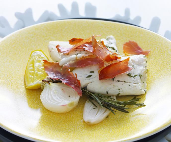 snapper with onion and prosciutto