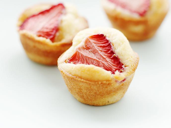 "**[Mini strawberry friands](https://www.womensweeklyfood.com.au/recipes/mini-strawberry-friands-4962|target=""_blank"")**"