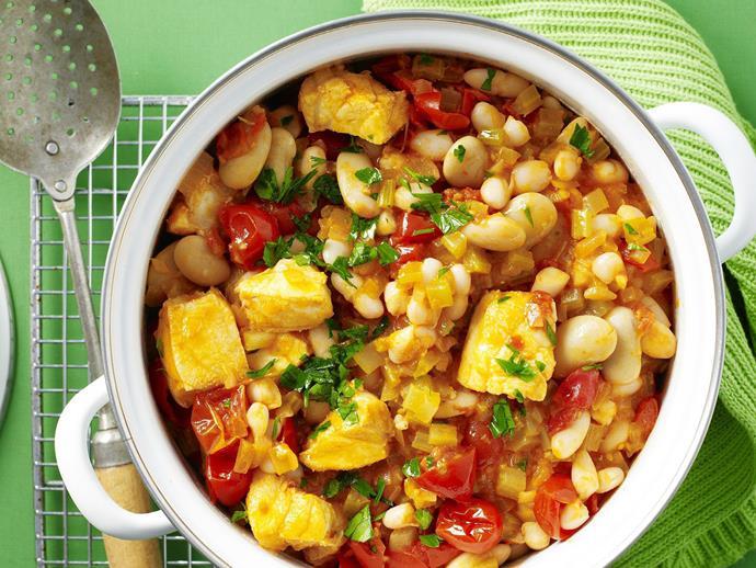 "**[Fish, white bean and tomato stew](https://www.womensweeklyfood.com.au/recipes/fish-white-bean-and-tomato-stew-11922|target=""_blank"")**"