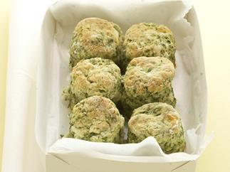 spinach & cheese monster scones