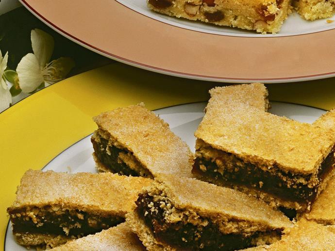 "**[Peanut and sultana slice](https://www.womensweeklyfood.com.au/recipes/peanut-and-sultana-slice-4578|target=""_blank"")**"
