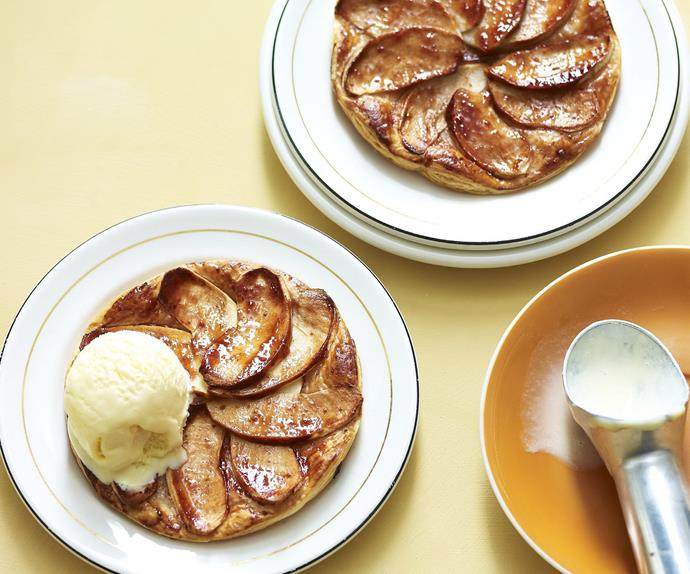 french apple quince tarts