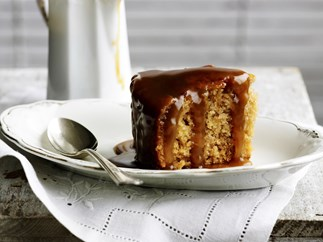 caramel banana steamed pudding