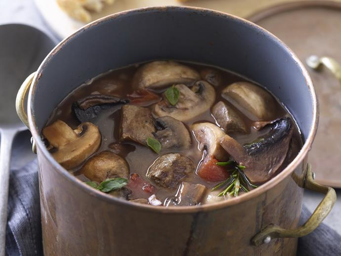 """**[Beef and mushrooms in red wine](https://www.womensweeklyfood.com.au/recipes/beef-and-mushrooms-in-red-wine-10708